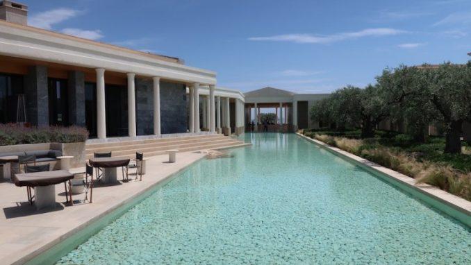 hotel-amanzoe-grecja-basen