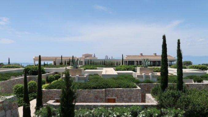 hotel-amanzoe-grecja